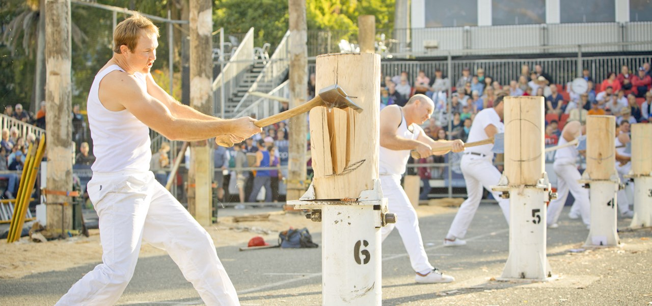 Woodchop & Sawing - Open 300mm Standing Block Hard Hitting Championship of Australia